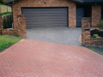 Combination of Concrete and Pavers